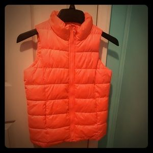Old Navy frost free vest with fleece Large